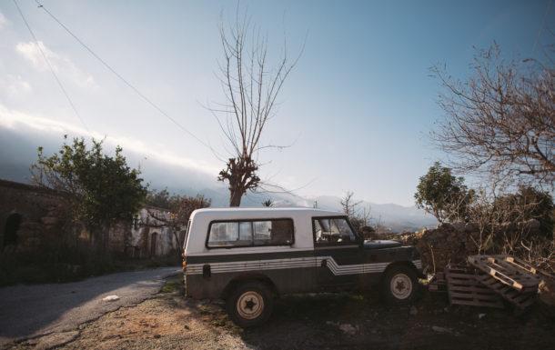 Waliking around Agios Thimotis neighbourhood